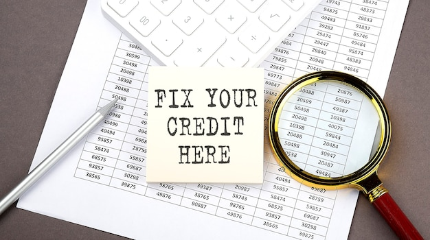 Фиксируйте свой кредит здесь текст на наклейке на диаграмме с помощью калькулятора и лупы