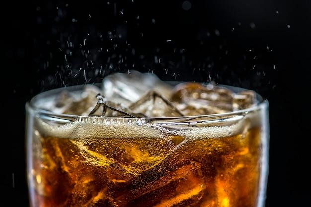 Масштабный напиток fizzy cola
