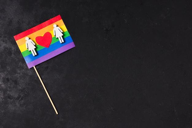 コピースペースで虹色の旗