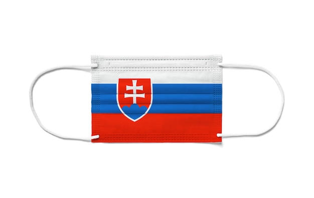 Флаг словакии на одноразовой хирургической маске