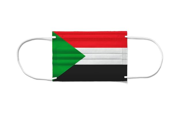 Флаг судана на одноразовой хирургической маске