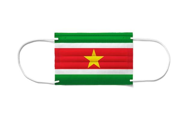 Флаг суринама на одноразовой хирургической маске