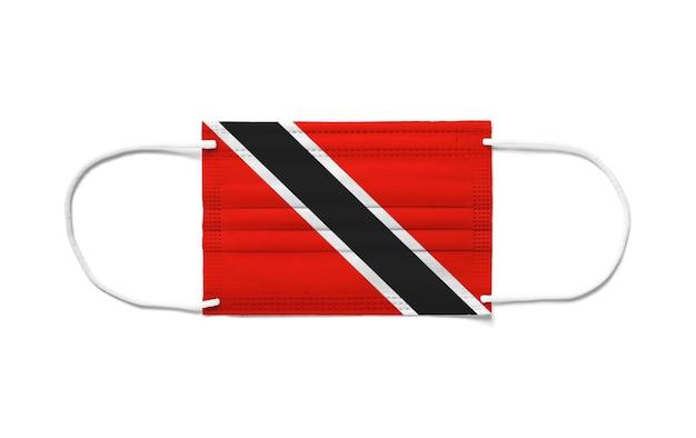 Флаг тринидада и тобаго на одноразовой хирургической маске