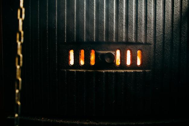 Пламя внутри котла