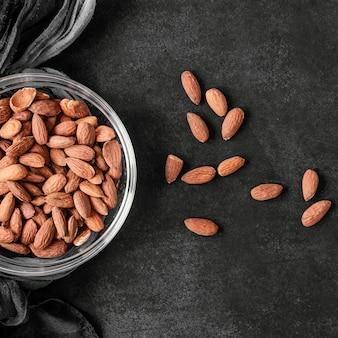 Disposizione piatta di cibo sano per il potenziamento dell'immunità