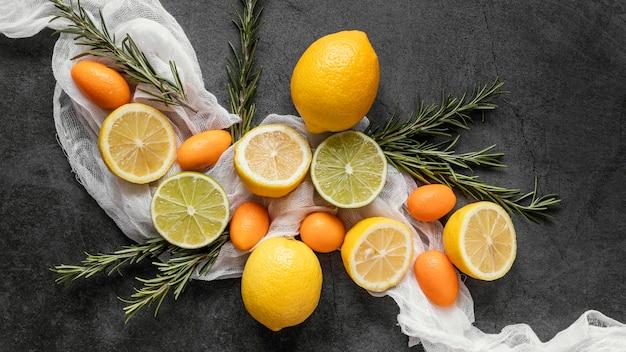 免疫力を高めるための健康食品のフラットレイの品揃え