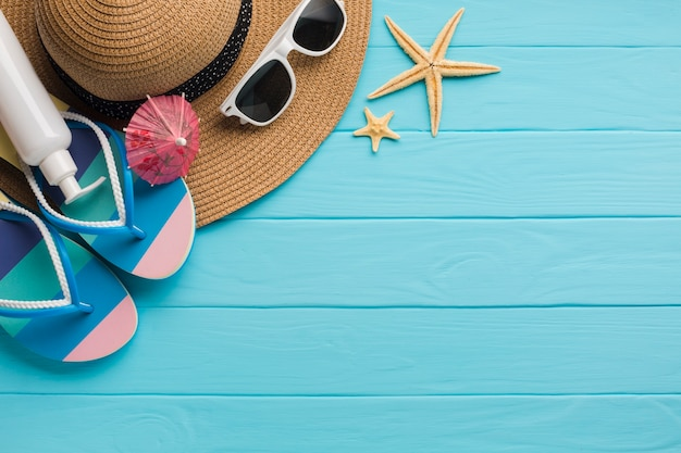 Flat lay beach clothes composition with copy space