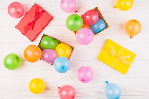 Flat lay birthday composition with balloons