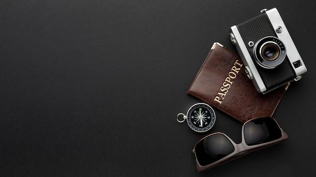 フラットレイカメラとパスポートの配置