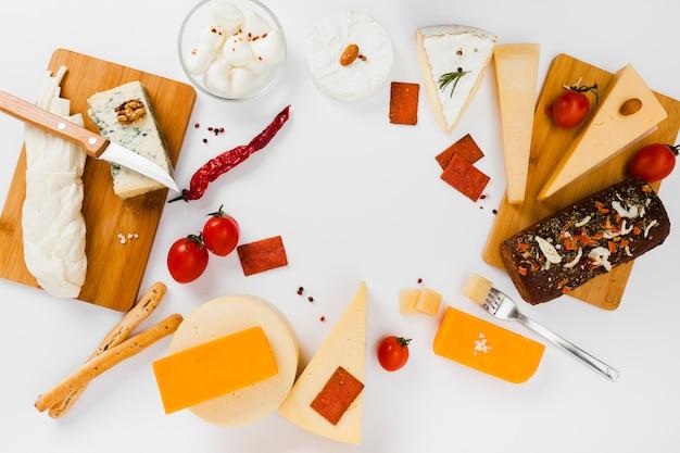 평평한 치즈 구성