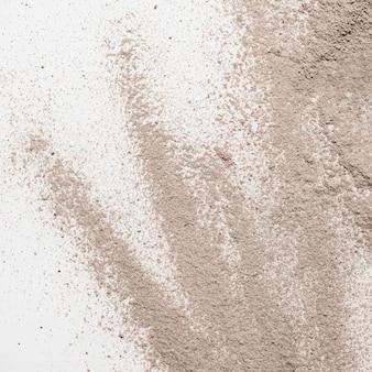 Polvere di argilla piatta