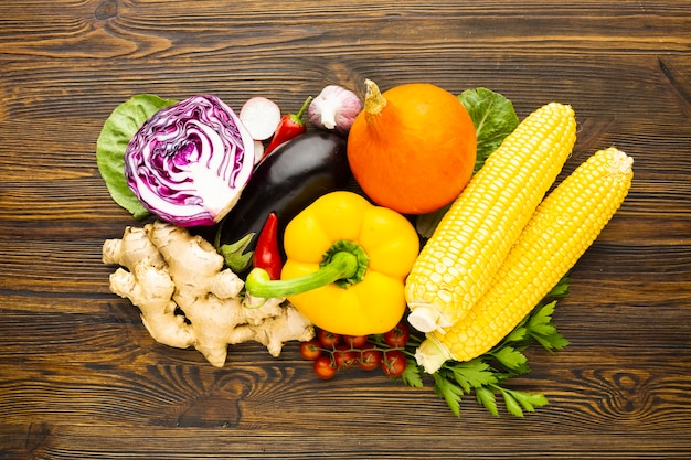 Flat lay colorful delicious vegetables arrangement