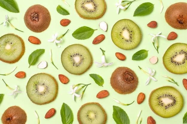 Плоская композиция из вкусных спелых продуктов