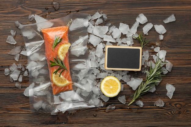 Плоская композиция из замороженных продуктов