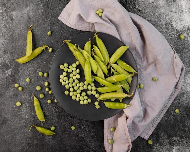 エンドウ豆のフラットレイアウト構成