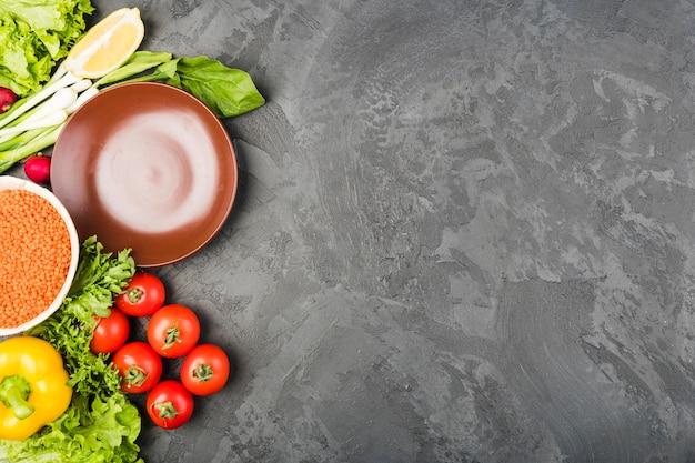 Copyspaceと野菜のフラットレイアウト組成