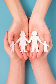 Плоская планировка милой семейной концепции