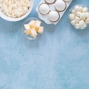 Cornice piatta per prodotti lattiero-caseari