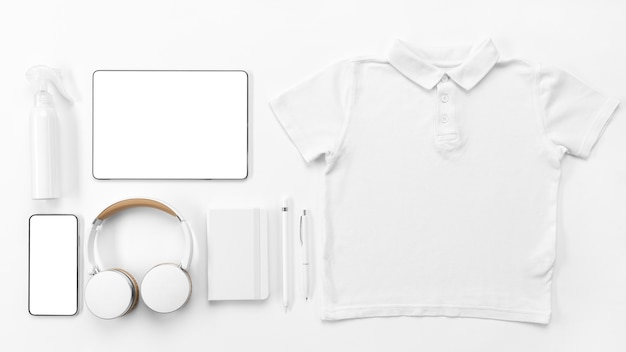 Flat lay devices and notebook arrangement