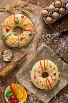Torte piatte dell'epifania roscon de reyes