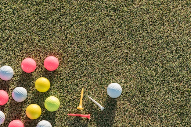 Flat lay golf balls collection with copy-space