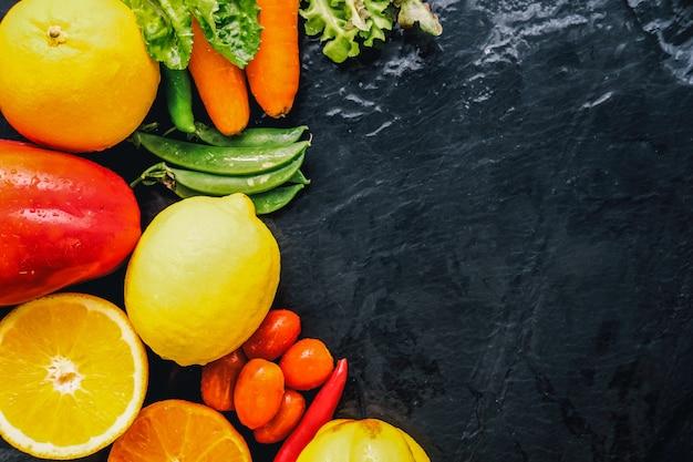 평평하다 건강 한 과일 및 야채