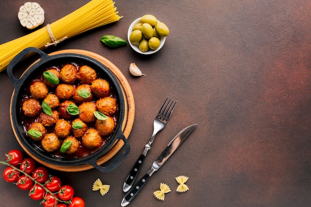 Flat lay italian food composition with copyspace