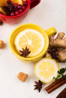 Flat lay со вкусом чая с лимоном