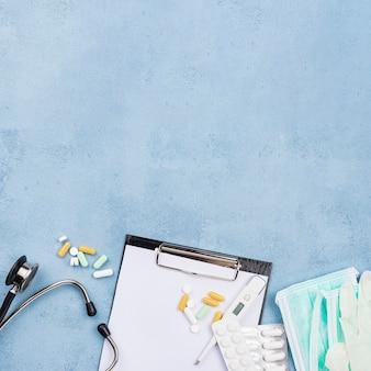 Плоская планировка медицинского стола с копией пространства