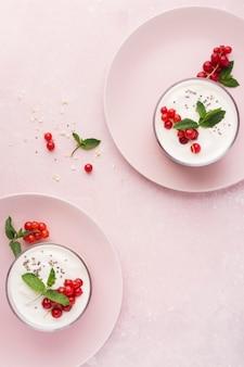 Плоская утренняя еда био еда концепция образа жизни