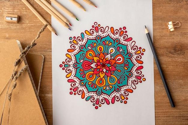 美しい曼荼羅の概念のフラットレイ