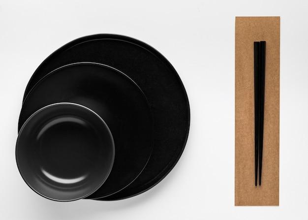 食器と箸の平置き