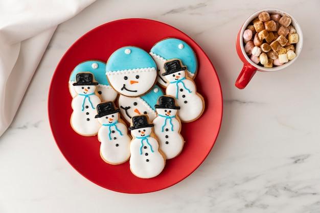 Плоская планировка печенья в концепции формы снеговика
