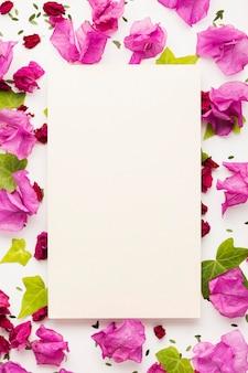 Плоская планировка цветочной концепции с копией пространства