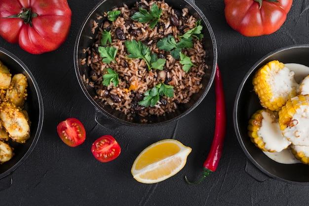 Плоская кладка мексиканской еды