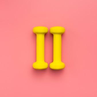 Плоская планировка желтых гирь