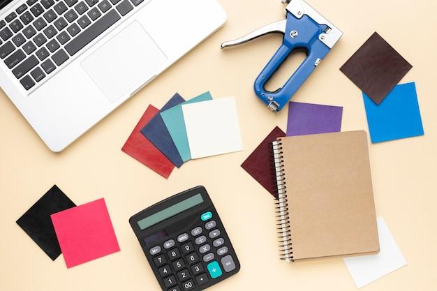 Плоская планировка офисного стола