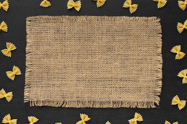 Плоская рамка для макарон с тканью