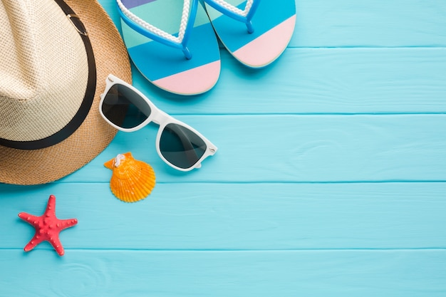 Flat lay summer vacation concept with copy space
