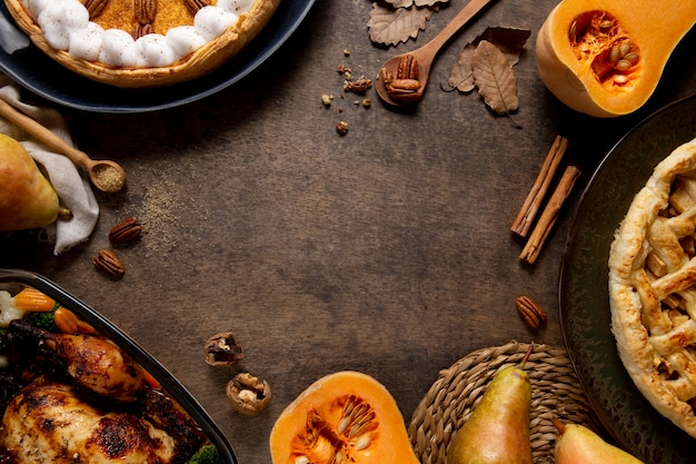 Flat lay thanksgiving food border with copy space
