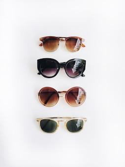 Солнцезащитные очки с плоской планировкой и видом сверху