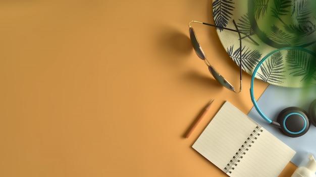 Плоская планировка, вид сверху рабочей области в летней концепции.