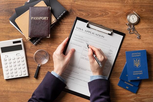 Flat lay visa application arrangement