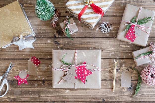 Плоская планировка упаковка рождественский подарок новогодняя упаковка подарков
