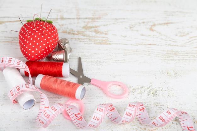 Flatlay инструментов для пошива и рукоделия