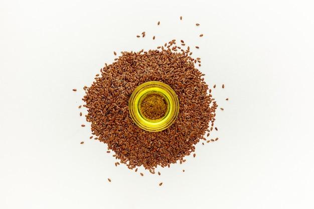 油を伴う亜麻仁または亜麻仁種子(linum usitatissimum)