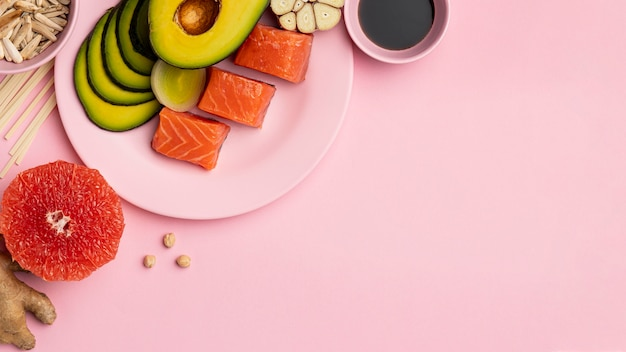 Flexitarian diet with salmon and avocado frame