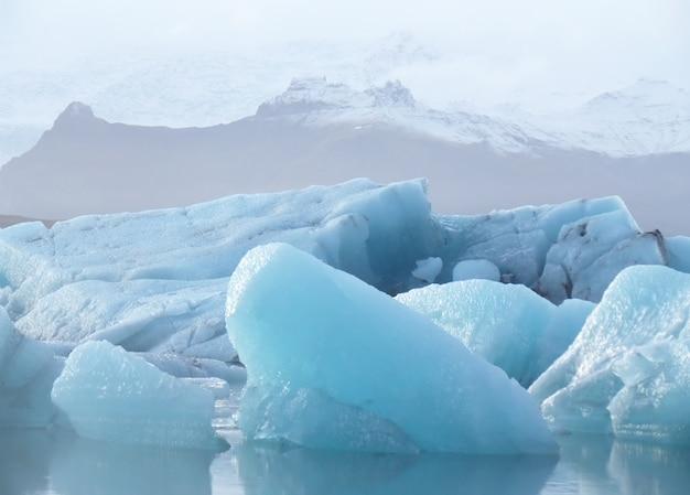 Floating icebergs in jokulsarlon glacier lagoon, iceland