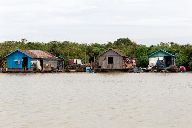 Floating village on tonle sap lake. siem reap cambodia.