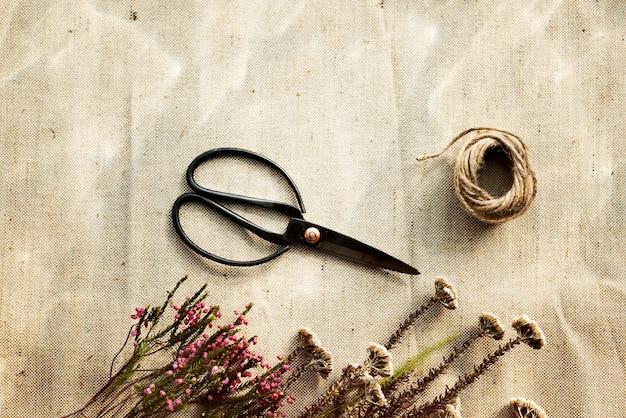 Цветочный флорист цветочный очаровательный стиль букет блум концепция